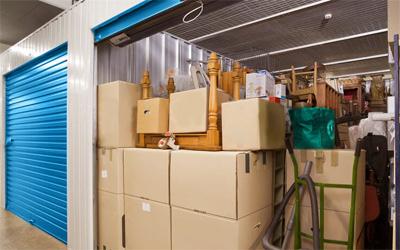 Detay depolama olarak, tüm ev ve ofis depolama hizmetlerini sigortalı olarak, temiz ve güvenlikli depolarımızda kısa ve uzun süreli olarak sunmaktayız.